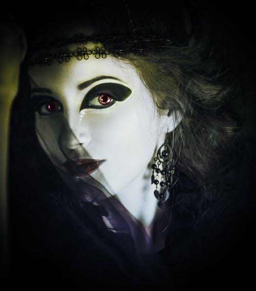 woman-gothic-dark-horror-39628